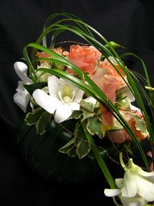 orb bouquet3 081105.jpg